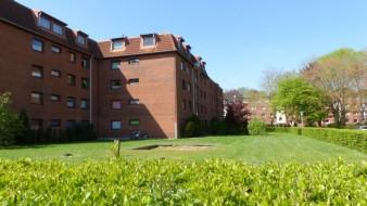 Vermietete 2 1/2 Zimmerwohnung in gepflegter kleiner Wohnanlage
