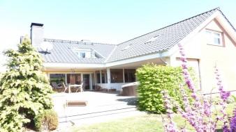 Ein tolles Haus auf großem Sonnengrundstück mit vielen Möglichkeiten - auch gewerblich nutzbar